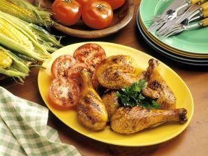 Hähnchenkeulen vom Grill Rezept