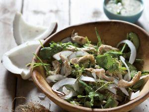 Hähnchensalat mit Kresse und Kokos Rezept