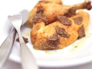 Hähnchenschenkel mit Trüffeln Rezept