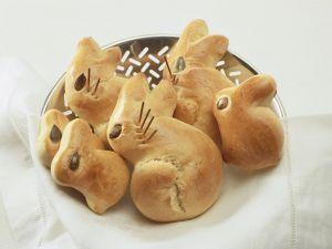 Häschen-Brötchen zu Ostern Rezept