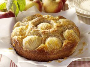 Haselnuss-Apfel-Kuchen Rezept