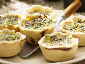 Herzhafte Muffins mit Gemüse Rezept