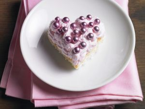Herzkuchen mit Erdbeersahne Rezept