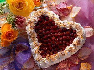 Himbeer-Herztorte Rezept
