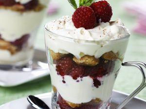 Himbeer-Trifle mit Sahne Rezept