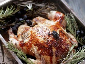 Hühnchen mit Rosmarin und Oliven Rezept