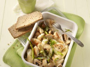 Hühnchenbrust mit Champignons, Spargel und Lauchzwiebeln Rezept