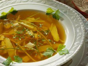 Hühner-Spargelsuppe Rezept