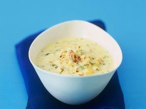 Hühnersuppe mit Joghurt und Minze Rezept