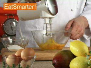 Wie Sie ganze Eier am besten schaumig rühren