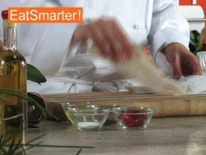 Wie Sie frisches Seelachsfilet am besten mit Eiweiß pürieren