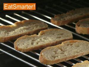 Wie Sie Brotscheiben ganz einfach im Backofen rösten