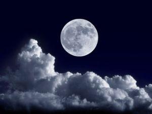 Abnehmen mit dem Mond: Funktioniert das wirklich?