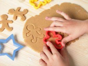 Backen mit Kindern: Plätzchen ohne Risiko