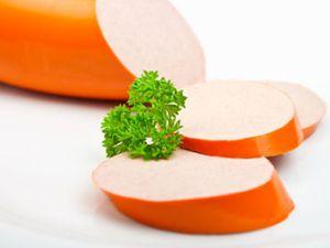 Steckt in Geflügelwurst nur Geflügelfleisch?