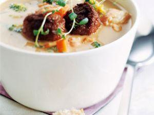 Herbstliche Suppe mit Gudbrandsdalen