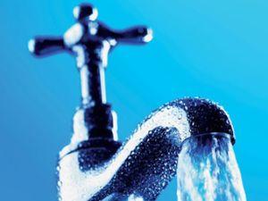 Sauberes Wasser aus dem Hahn