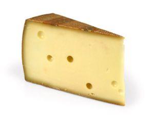 Schließt Käse den Magen?