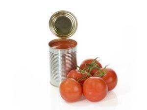 Schmeckt Tomatensaft im Flugzeug besser?