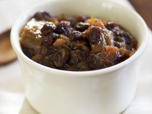 Ingwer-Rhabarber-Chutney mit Rosinen Rezept