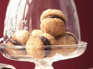 Italienische Kekes mit Schokocreme Rezept