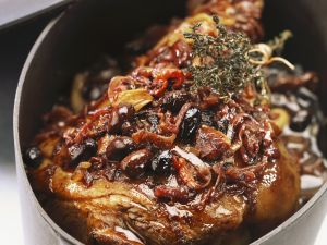 Italienischer Lammbraten mit Oliven Rezept