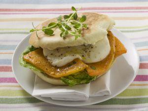 Italienisches Sandwich mit Mozzarella und Kürbis Rezept