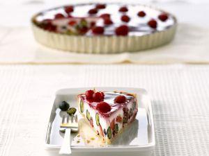 Joghurtkuchen mit Sommerbeeren Rezept