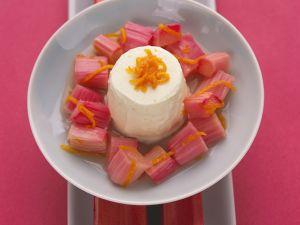 Joghurtmousse mit Rhabarberkompott Rezept