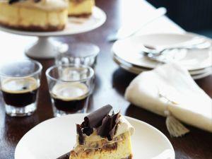 Käsekuchen mit Kaffee und Schokolade Rezept