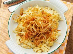 Käsespätzle mit Zwiebeln Rezept