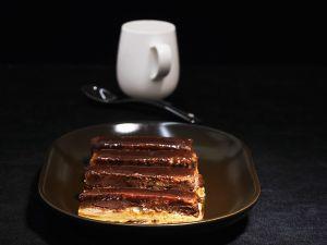 Kaffee-Keks-Schnitte mit Ganache Rezept