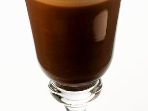 Kaffee mit Whiskey und Sahne Rezept