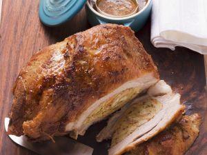 Kalbsbrust mit Eier-Brot-Füllung Rezept