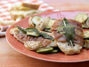 Kalbsschnitzel à la Saltimbocca Rezept