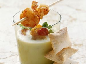 Kalte Melonensuppe mit Shrimps Rezept