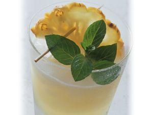 Kalter Ananasdrink Rezept