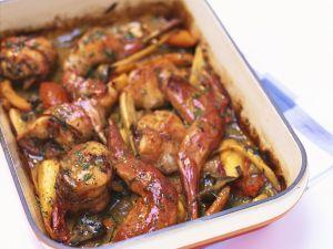Kaninchen mit Gemüse geschmort Rezept