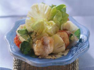 Karibischer Ananassalat mit Shrimps Rezept