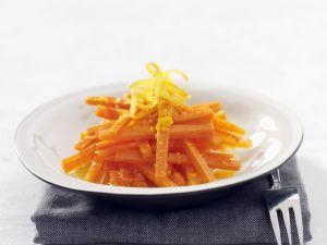 Karottensalat mit Zitrusdressing Rezept