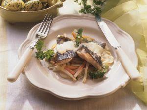 Karpfen mit Gemüse und Kartoffeln Rezept