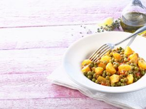 Kartoffe-Erbsengemüse Rezept