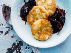 Kartoffel-Birnen-Taler mit Fruchtsauce Rezept
