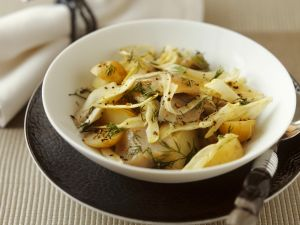 Kartoffel-Fenchel-Salat mit Matjes Rezept