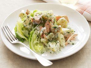 Kartoffel-Lachs-Salat mit Dill Rezept