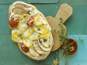 Kartoffel-Pizza mit Apfel Rezept