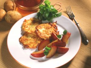 Kartoffel-Rösti mit geschmorten Pflaumen Rezept