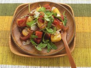 Kartoffel-Rucola-Salat mit scharfer spanischer Wurst (Chorizo) Rezept