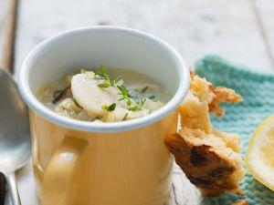 Kartoffel-Selleriesuppe mit geräuchertem Fisch Rezept