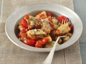 Kartoffel-Spinat-Nocken mit Tomatensugo Rezept